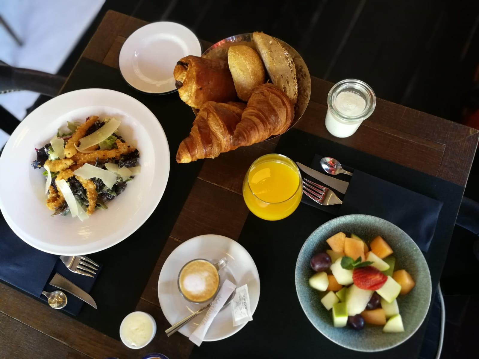 Brunch by Café Oliver Martinete